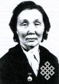 85 years since the birth of the first woman-stone carver of Tuva, Raisa Arakchaa